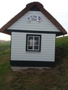 Gartenhaus mit Cedral Stülpschalung2